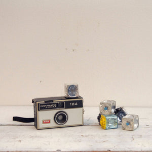 Instamatic 104 With Flash Cubes