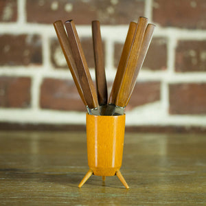 Cocktail Knives & Tripod Cup