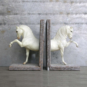 Andalusian Bookend White