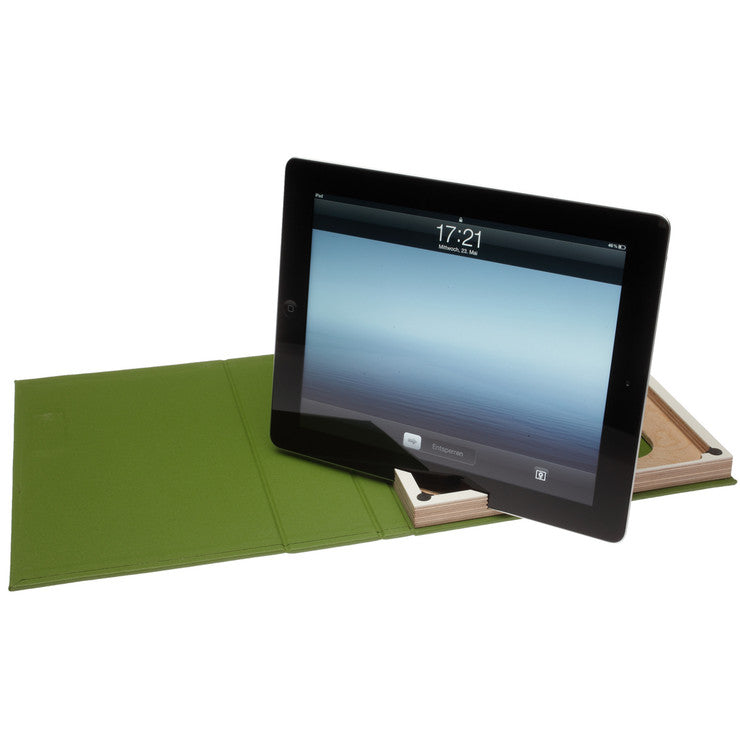 g.2 iPad Case Grass White