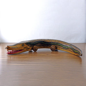 Alligator Pull Toy
