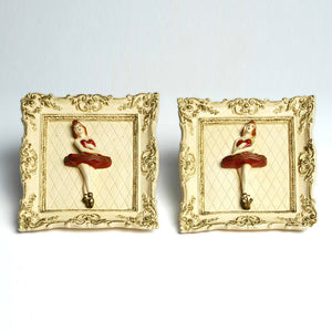 '50s Ballet Dancer Chalkware