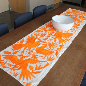 Naranja Table Runner