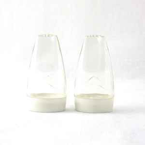 Deka Salt & Pepper Shakers