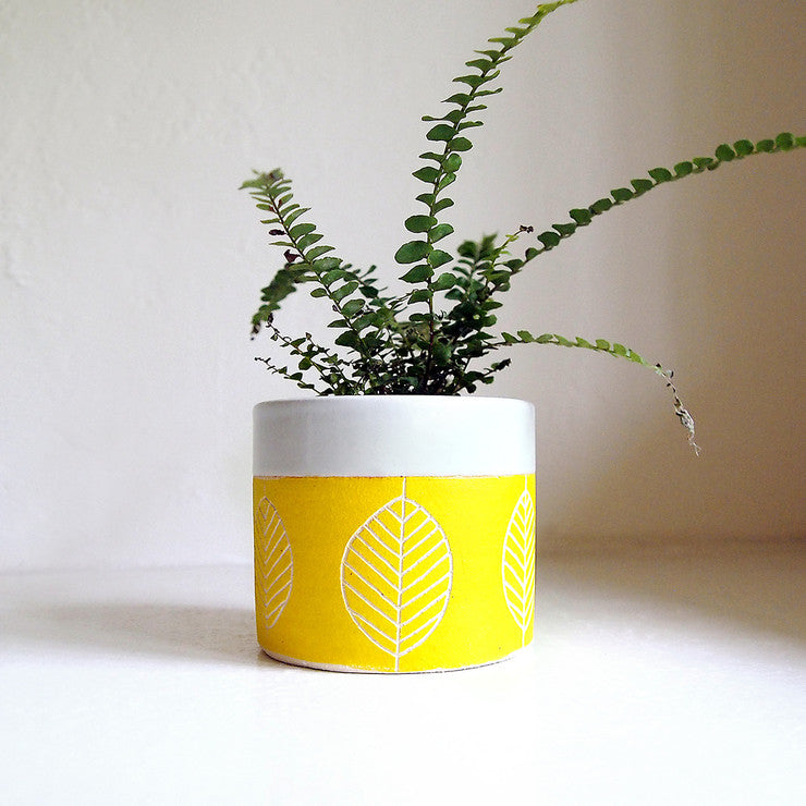Ceramic Leaf Planter/Cup