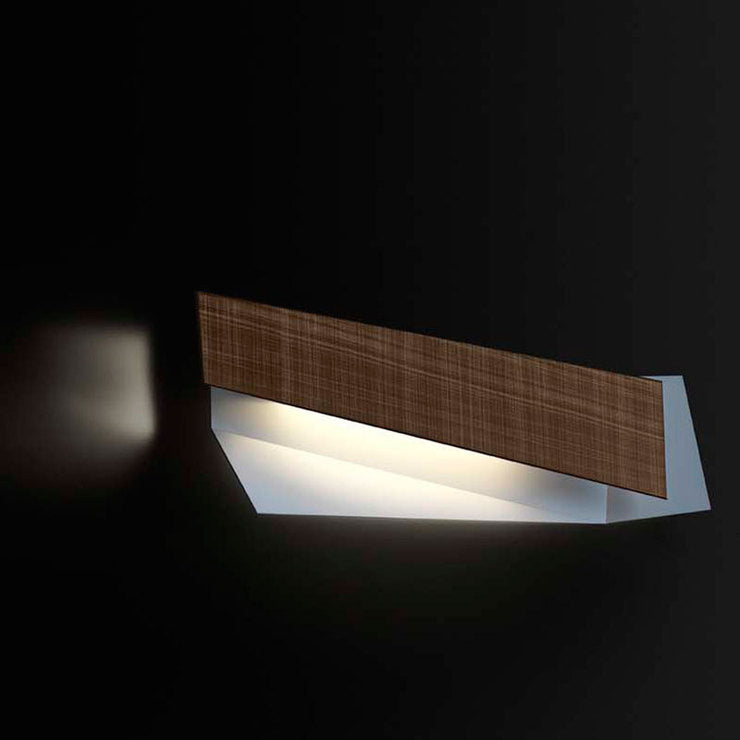 Flap 3 Wall Lamp