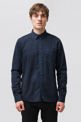 Henry Pigment Dyed Shirt in navy blue, Nudie Jeans Co. - BLAEK Store