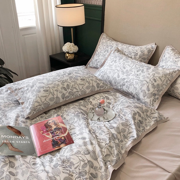 Claudia duvet Cover Set (Full/Queen/King)