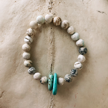 Load image into Gallery viewer, Magnesite and Turquoise Beaded Bracelet