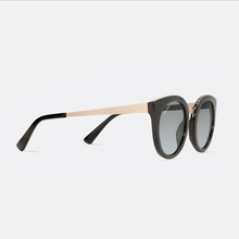 Load image into Gallery viewer, mihi kids sunglasses - the madison design