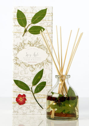 Petal & Thread Botanical Reed Diffuser – Spicy Apple