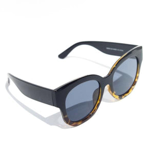 Mulberry and Grand  - Moodie Oversized Fashion Sunnies - Boutique Exclusive