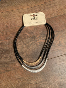 Hammered Metal Leather Cord Collar Neckace - Black