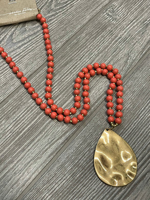 The Bria Necklace - Coral