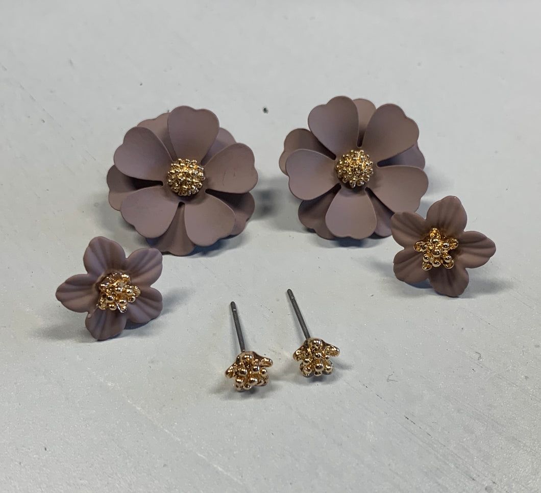 Set of 3 Flower Stud Earrings - Taupe