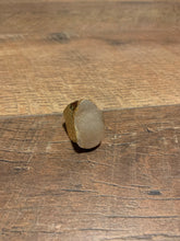 Load image into Gallery viewer, Natural Druzy Boho Hammered Gold Ring