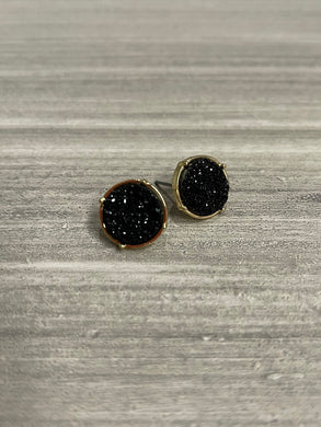 The Mina Stud Earrings - Black