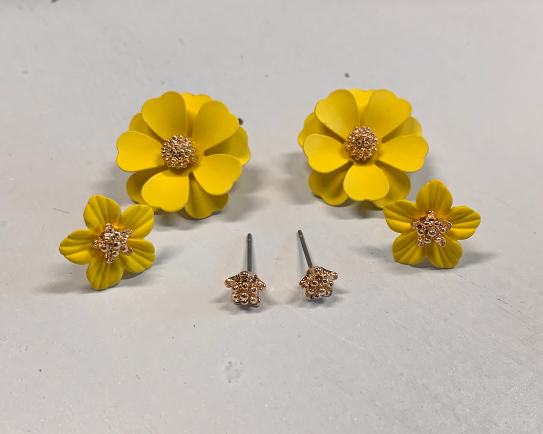 Set of 3 Flower Stud Earrings - Yellow