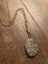Load image into Gallery viewer, Silver Druzy Pendant Necklace