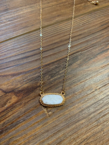 Dainty Oval Druzy Pendant Necklace & Earring Set - White on Gold