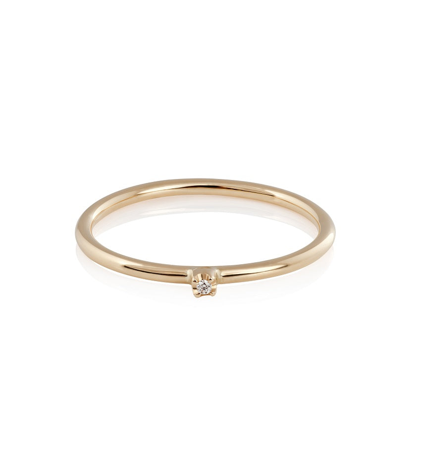 Star Diamond Ring - 18K Gold