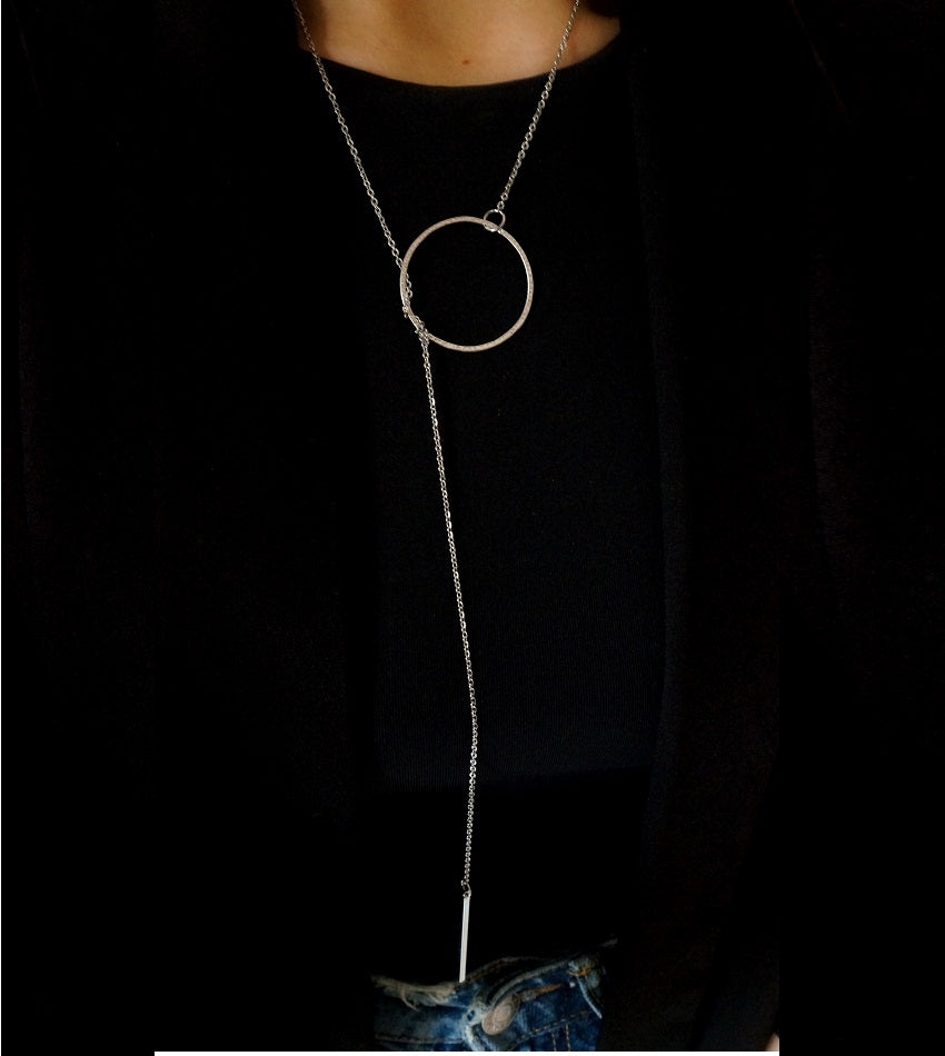 Minimal necklace with silver plated circle