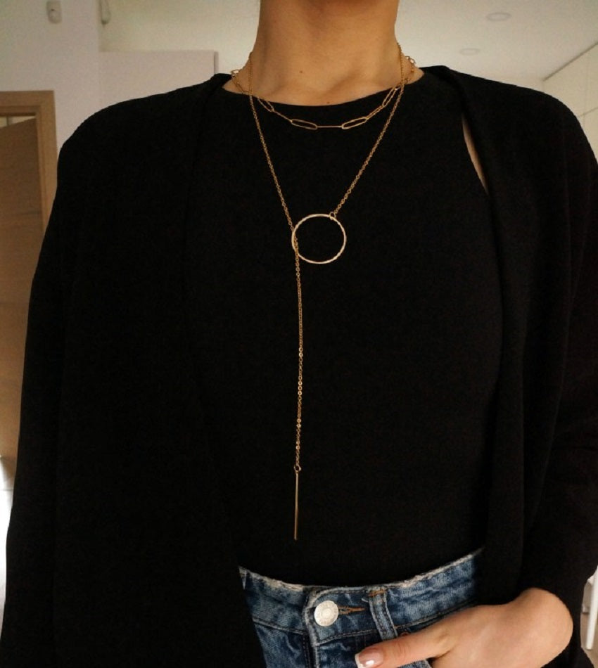 Minimal necklace with gold plated circle