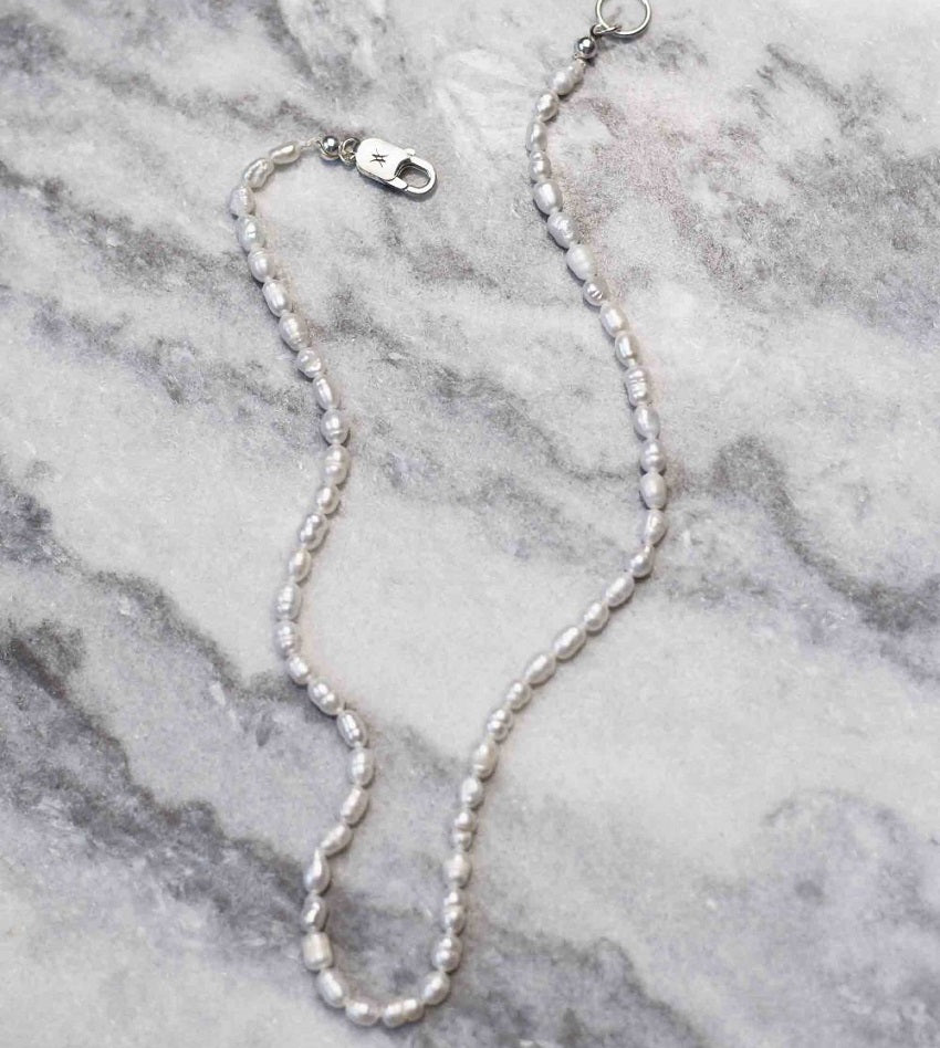 Classy Freshwater Pearls Necklace