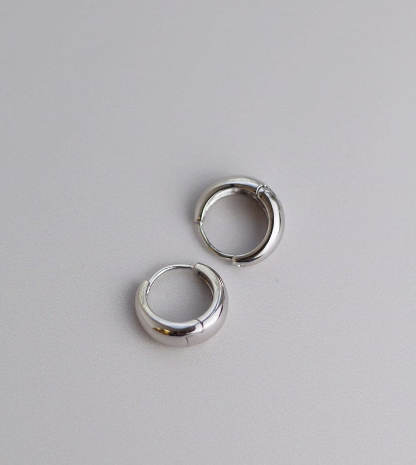Mini drop silver hoops