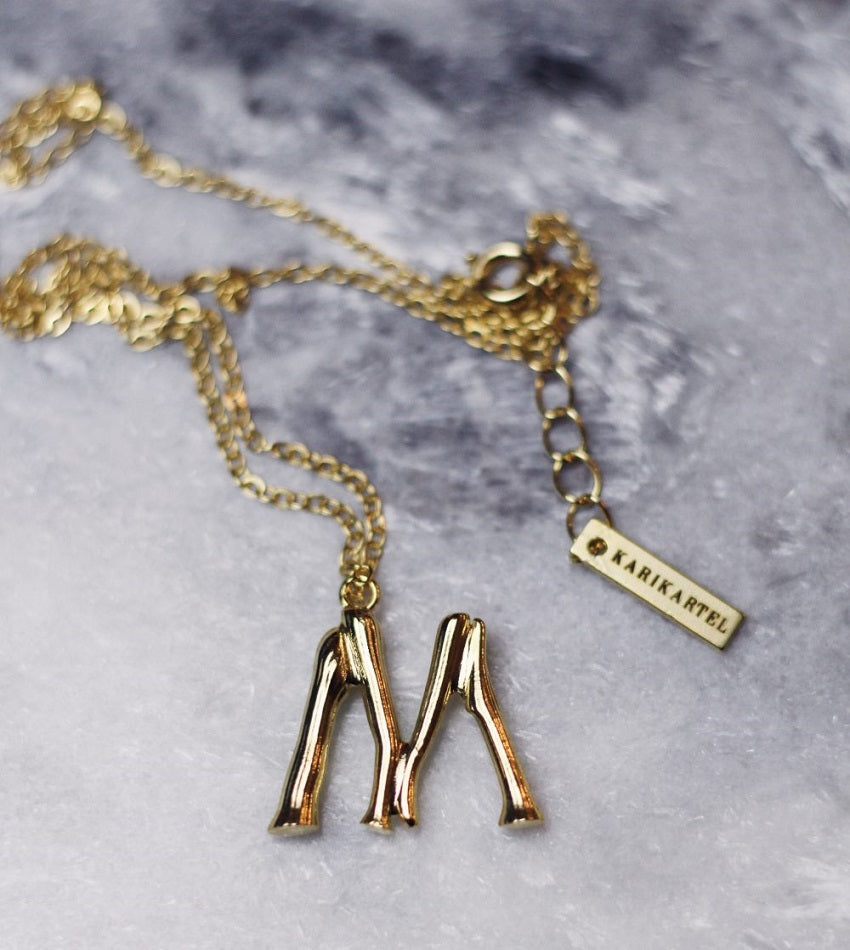 Mini Inicial Necklace