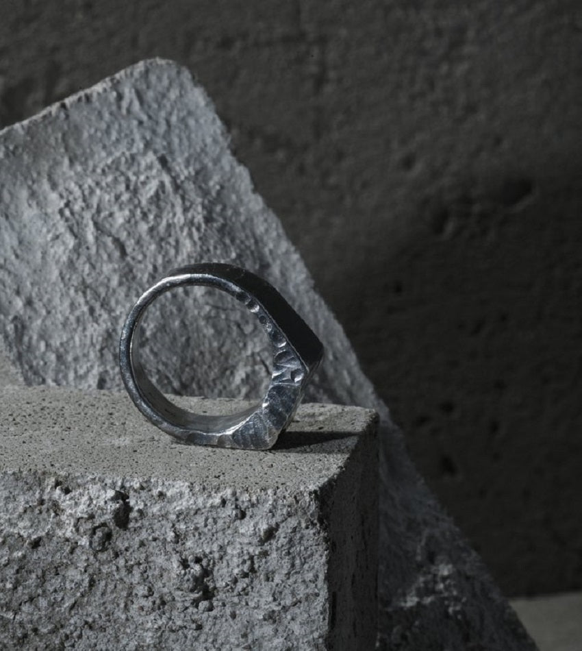 Rugged Signet Ring Silver