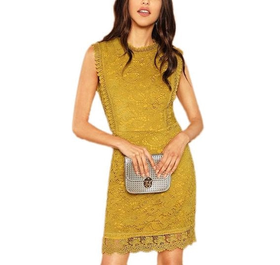 Elegant Sleeveless Shift Dress in Ginger with Contrast Lace