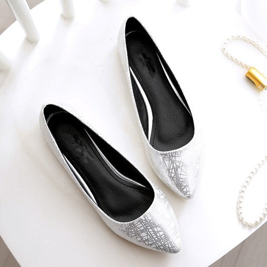 Women's Casual Pointed Toe Flats - White - both shoes