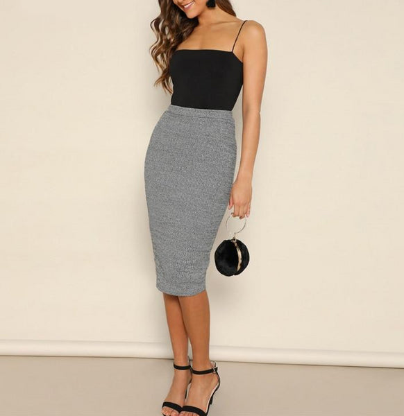 Casual, Yet Elegant Grey Pencil Knee-Length Skirt - Full length