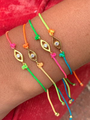 TIE-DYE PROTECTION BRACELET
