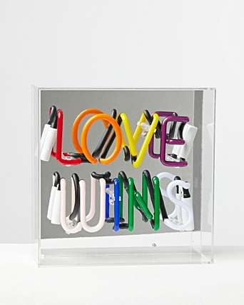 Acrylic Box Neon - Love Wins