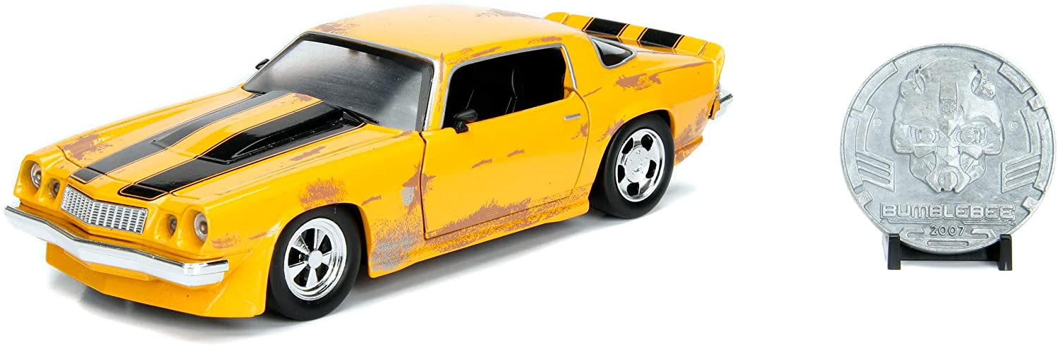 Transformers 1977 Chevy Camaro 1:24