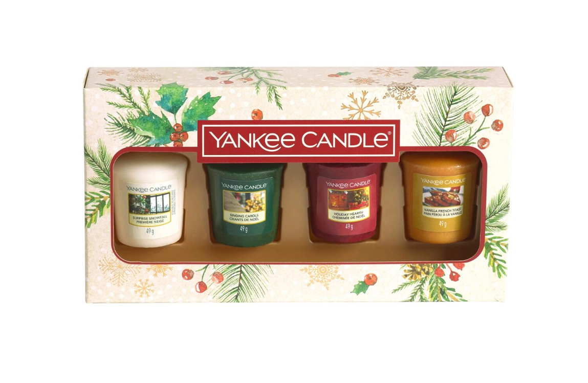 Yankee Candle Magical Christmas Morning Four Votive Candle Gift Set