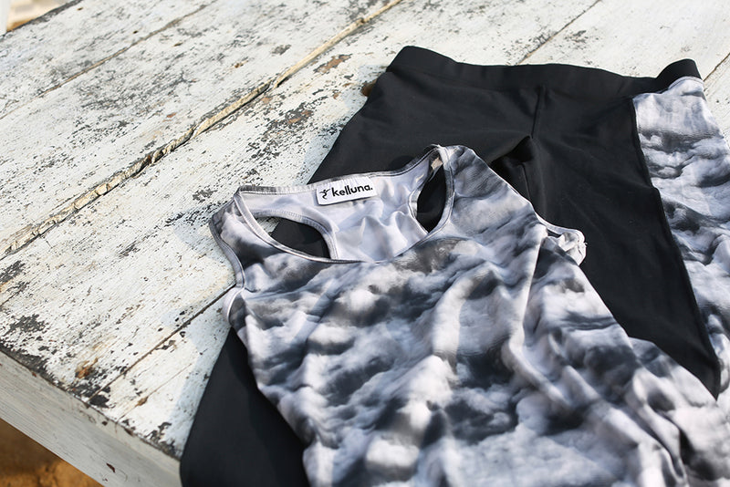 cloudy gray tops(short)