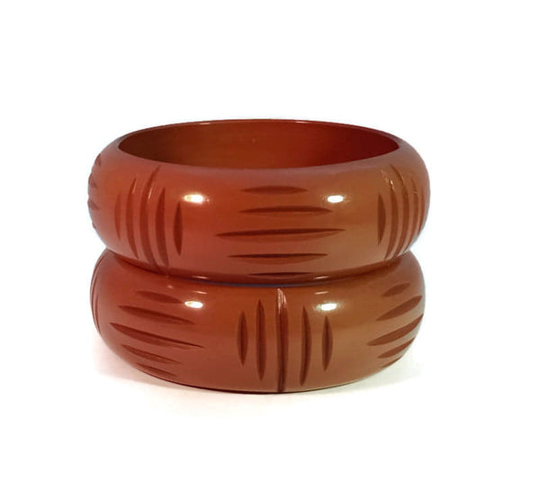 Wide Carve Cocoa Wicker Bangle