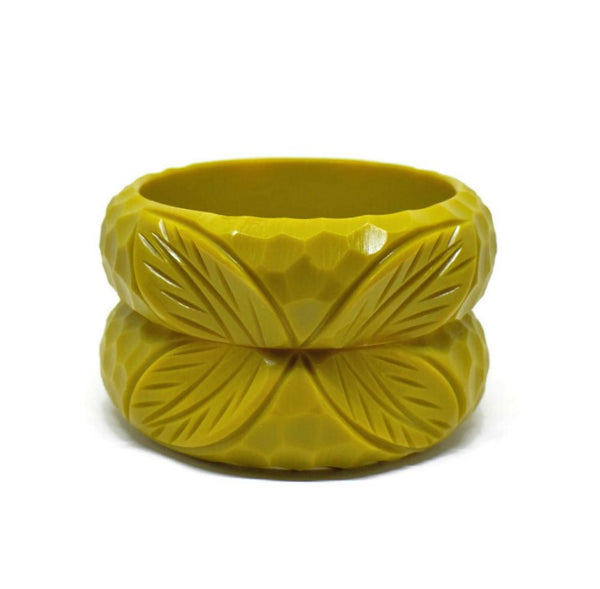 Wide Carve Cadmium Green Leaf Bangle