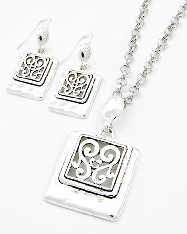 Filigree Metal Pendant Necklace & Earring Set