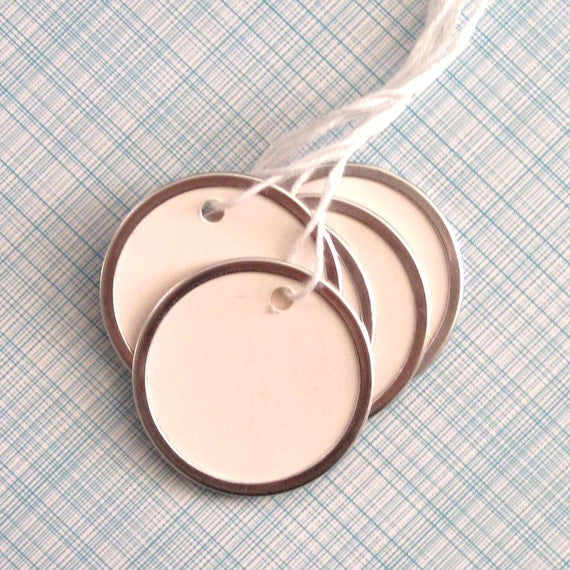 Silver Metal Rim Gift Key Tags