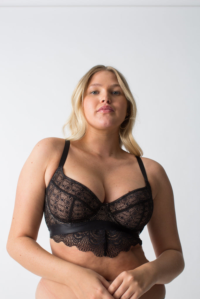 womanhood lingerie - black lace bra - DD+ cup bra - supportive bra