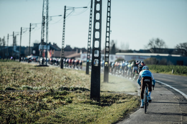 Under wraps: images from Het Nieuwsblad and Kuurne-Brussels-Kuurne