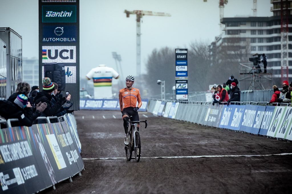 Mathieu van der Poel crossing the finish line