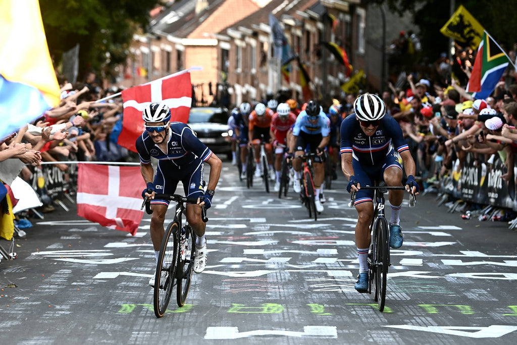 Julian Alaphilippe and Valentin Madouas
