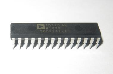 AD976AN ADC Single SAR 100ksps 16-bit Parallel 28-Pin PDIP W Tube