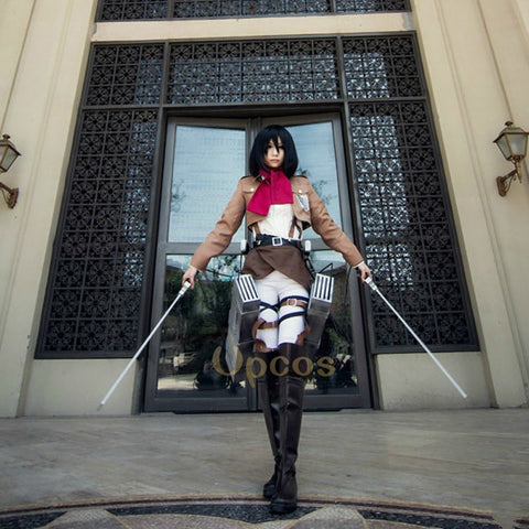 Attack on Titan - Mikasa Ackerman Cosplay - Cosplayuniverse.de