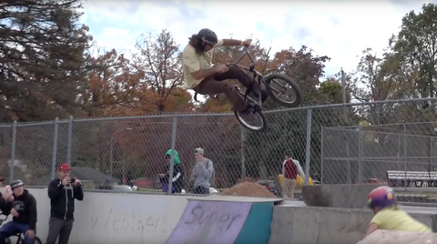 Mad Mike's Guth Funtastic Voyage dig bmx in the cut